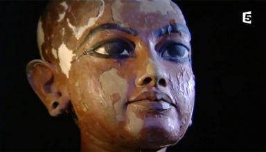 statue-du-jeune-toutankhamon