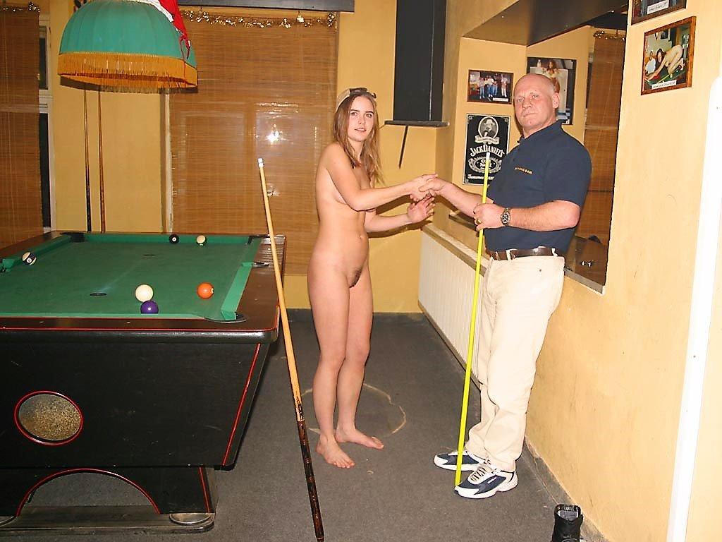 veronika-r-nude-in-billiard-club-flash-public-42